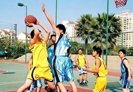 """這個小鎮被籃球改變:放下鋤頭玩籃球,村民玩出""""國際范兒"""""""