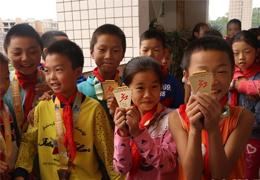 紅馬進行時(59)|廣安紅馬公益課堂開課,要傳遞的不僅是馬拉松知識,更是紅馬精神