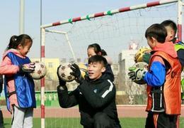 張鷺:偏遠農村的足球女孩一直感動著我