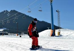 新疆迎來冰雪季,場地設施升級為雪友保駕護航