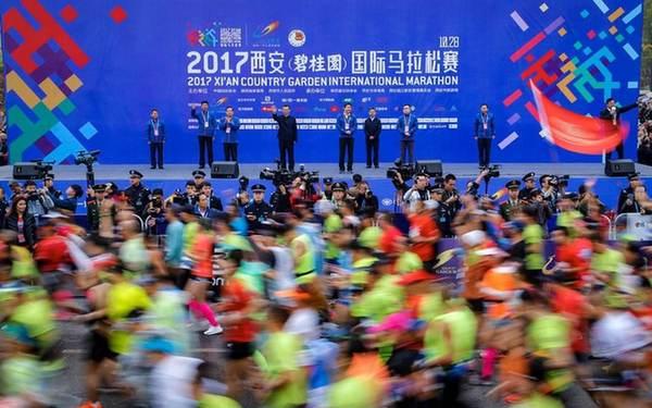 """经济重镇的马拉松""""较量"""":传统赛事寻突破,新兴赛事重名头"""