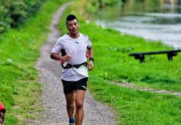 中国极限马拉松运动员陈盆滨再战C2K极限马拉松,带伤跑完240公里