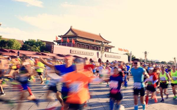 跑一場馬,愛一座城 | 中國馬拉松攝影大賽入圍作品搶先看