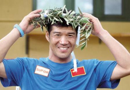 從極限跑者到政協委員,陳盆濱履職不忘普及跑步知識
