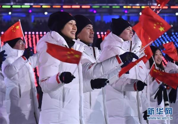 """安踏集团总裁:""""白色火焰""""细节制胜,北京""""龙服""""世界格局"""