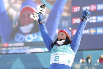 越野滑雪女子30公裏集體出發(傳統技術)賽況