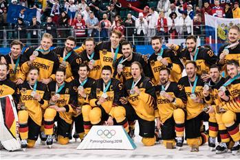 冰球男子決賽:德國隊獲亞軍