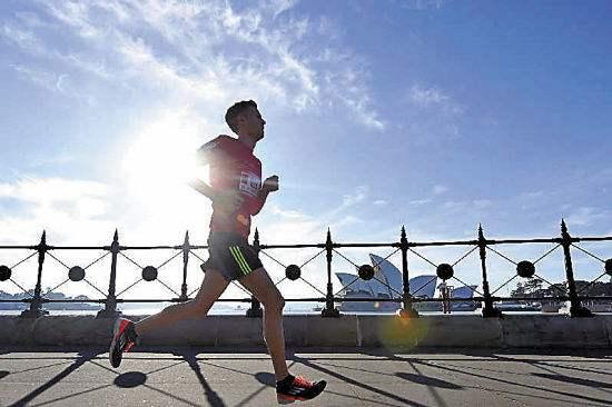 """宁夏一位跑步达人的健身经:""""最美的风景在路上"""""""