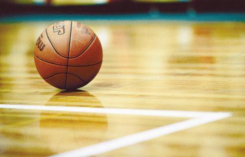 """中国篮协青少年委员会委员:推广""""小篮球""""是为了培养青少年的篮球兴趣"""