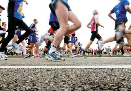 因不按規定順序起跑,大連國際馬拉松賽29名選手被取消成績、禁賽兩年