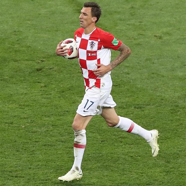 决赛:克罗地亚队曼朱基奇进球