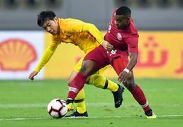 热身赛:中国男足一球客负卡塔尔