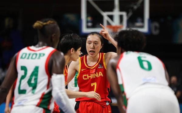 女籃世界杯:中國隊75:66勝塞內加爾奪小組第二