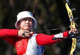 张梦瑶获得女子反曲弓个人赛冠军