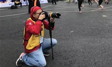 影像馬拉松③|拍馬拉松的人:一邊是理想,一邊是現實