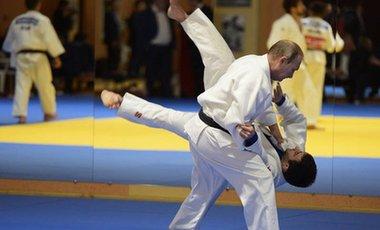 普京稱柔道訓練有助于積極看待生活
