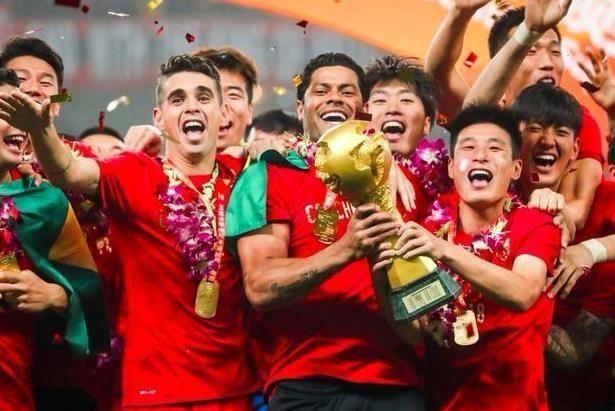 專訪上港集團董事長陳戌源:冠軍是壓力也是動力 為上海足球繼續出力