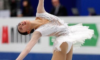 陳虹伊花滑世錦賽完美亮相 短節目滑出個人賽季最佳