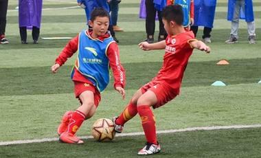 激勵青少年踢攻勢足球——專訪中國足協比利時籍技術總監范普維爾德