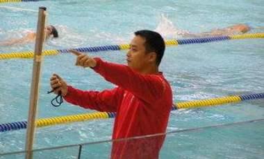 中國遊泳從破冰到火熱——專訪香港遊泳隊總教練陳劍虹