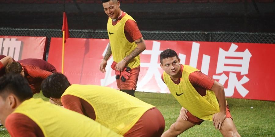 国足在马尔代夫进行第二次赛前训练