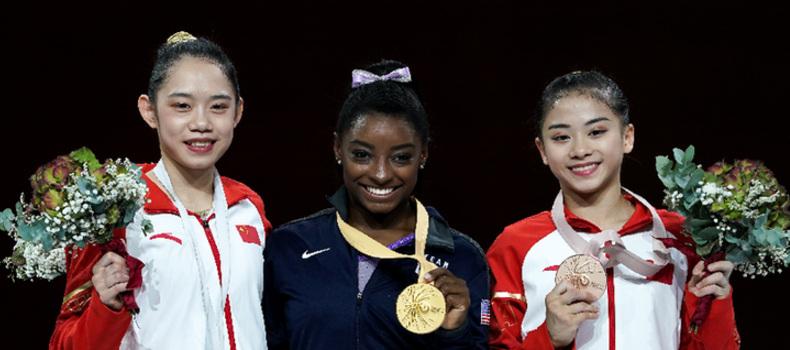 體操世錦賽平衡木:劉婷婷、李詩佳分獲二、三名