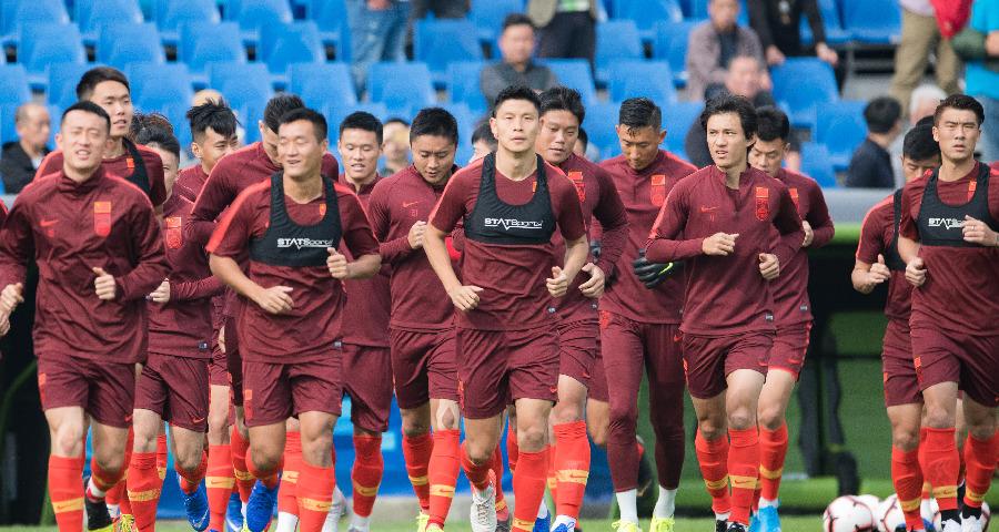 国家男足选拔队在武汉进行首期集训