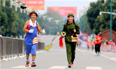 聚焦馬拉松攝影大賽:來自鄉間的微笑
