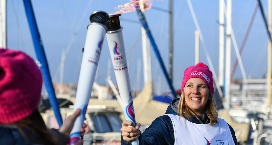 第三屆冬季青年奧林匹克運動會火炬在洛桑傳遞