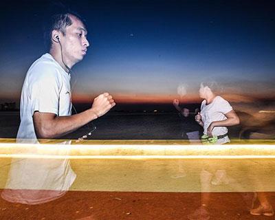 全民健身:夏日夜跑