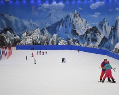 """礦坑裏的滑雪場""""激活""""冰雪運動熱情"""