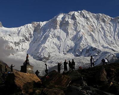 尼泊爾迎來2020年首支外國登山隊