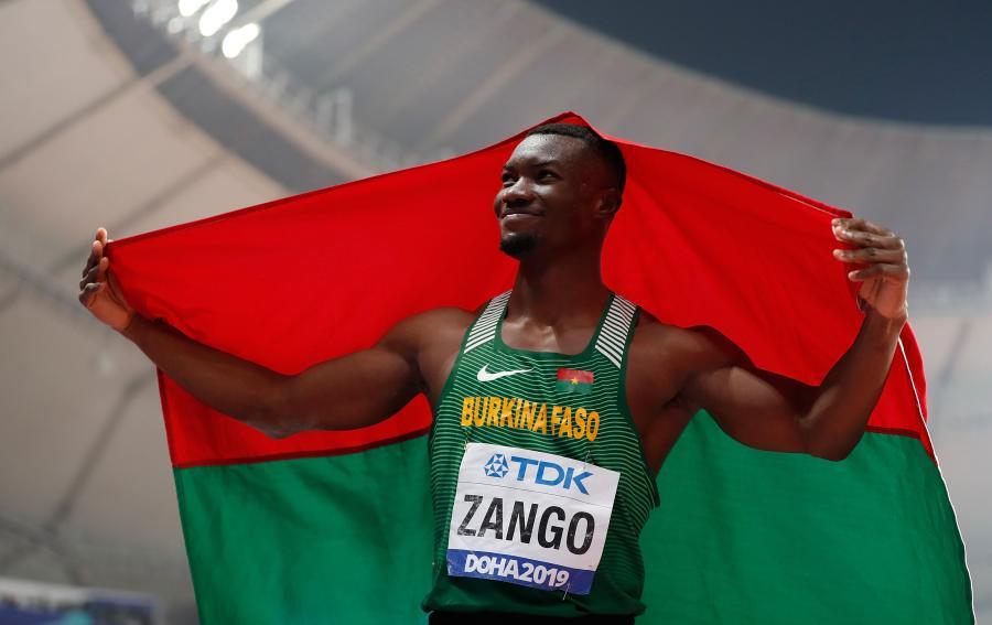 布基納法索選手打破男子三級跳遠室內世界紀錄