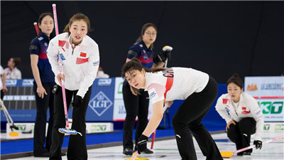 走近冬奧 女子冰壺世錦賽瑞士隊成功衛冕 美國力壓瑞典摘銅