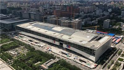 """北京冬奧會和冬殘奧會主媒體中心""""群鳥""""幕墻造型初展"""