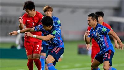 12強賽第二輪中國男足0:1不敵日本隊
