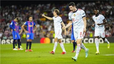 歐冠單場:萊萬多夫斯基雙響穆勒進球 拜仁3:0客勝巴薩
