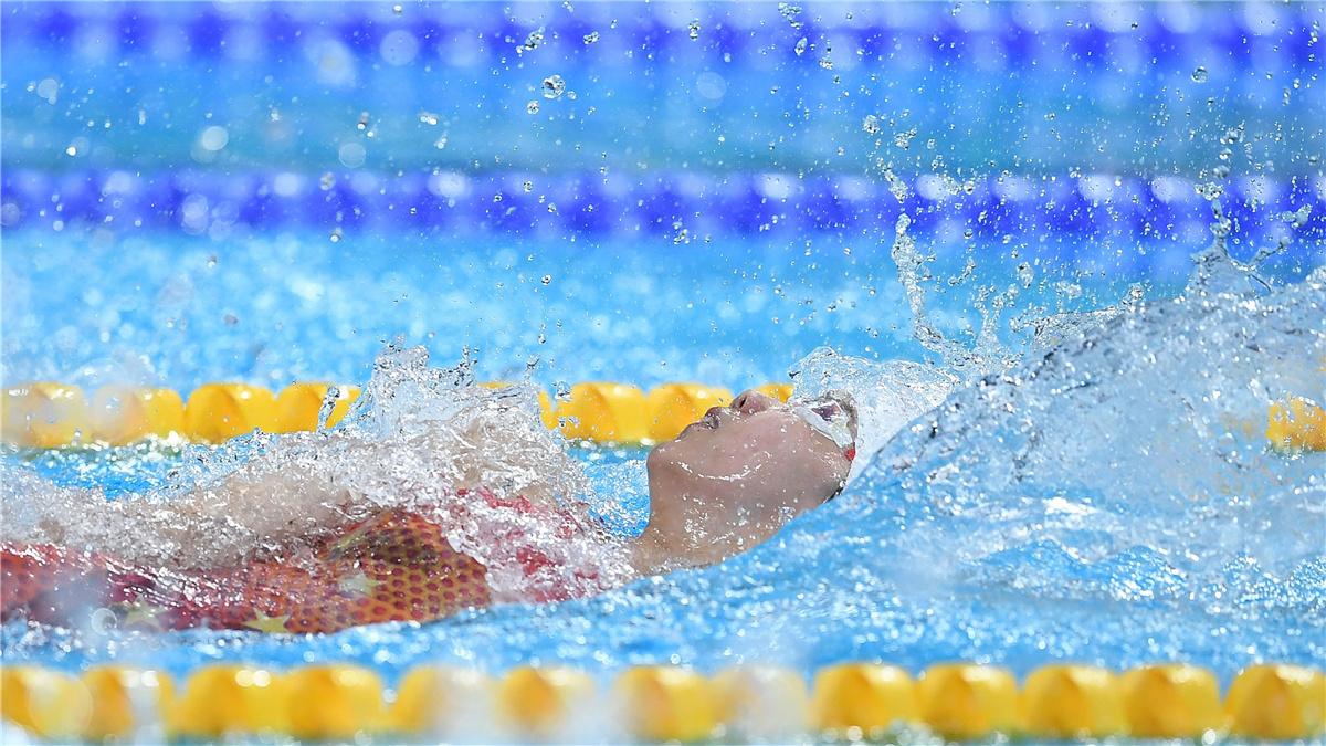 全運會-遊泳女子100米仰泳決賽:湖北隊選手彭旭瑋獲得冠軍
