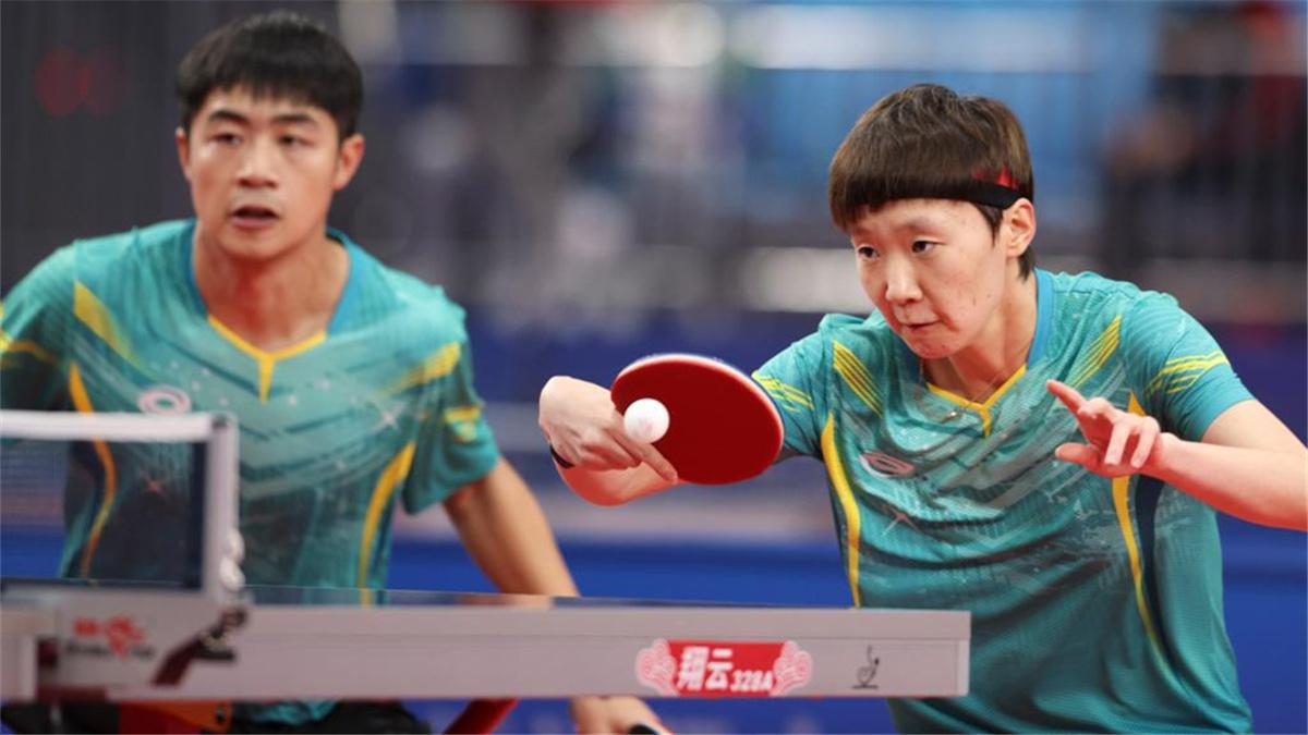 全運會-乒乓球混合雙打:黑龍江隊曹巍/王曼昱組合晉級四強